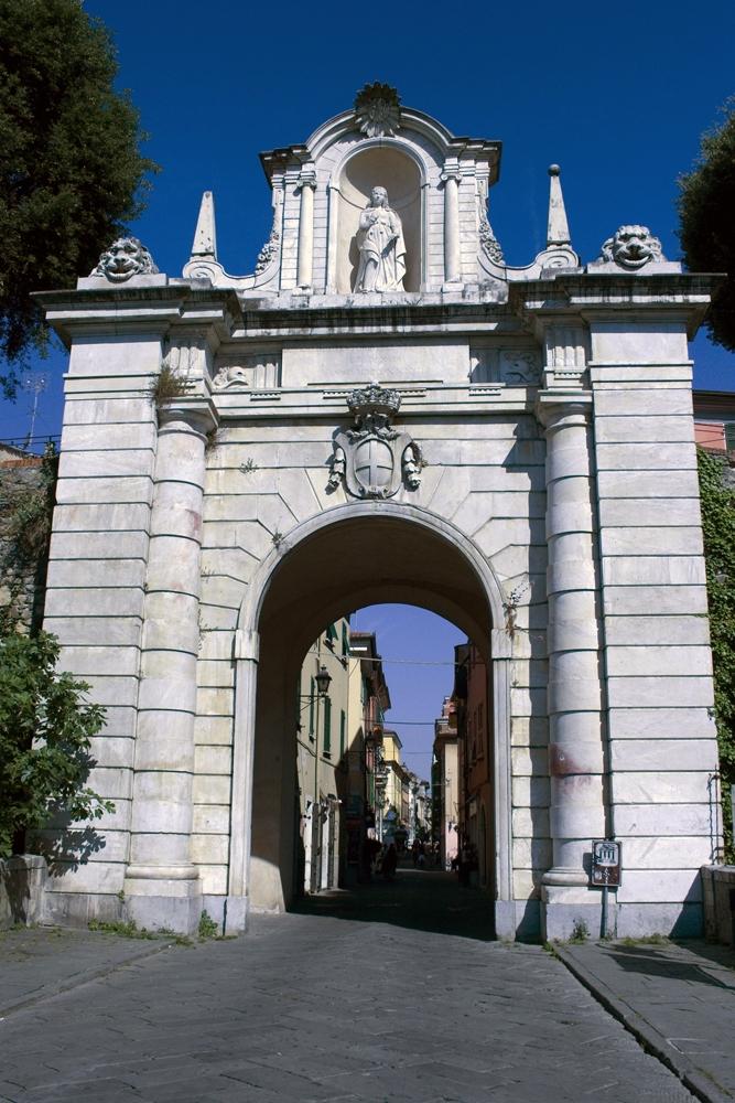 Bonesprit The Porta Romana In Sarzana